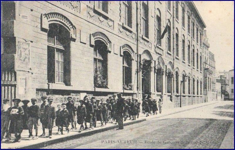 ecolecommunalemussetvers1910.jpg
