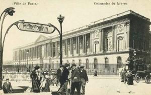 """La station du métropolitain """"Louvre""""."""