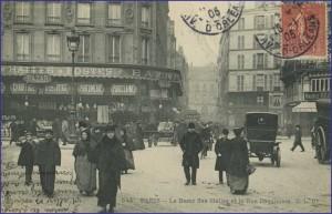 La rue Coquillière, près Halles...