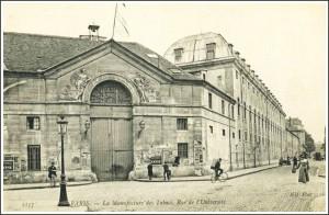 La Manufacture des Tabacs, rue de l'Université...