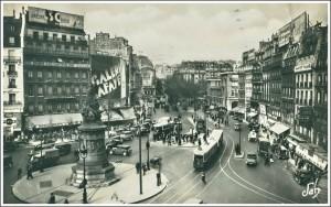 Cette même place en 1937.