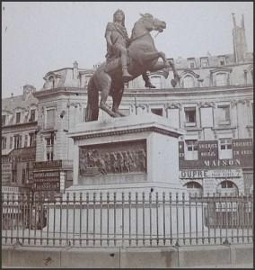 La place des Victoires en 1880...