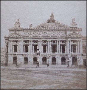 L'Opéra de Paris en 1880.