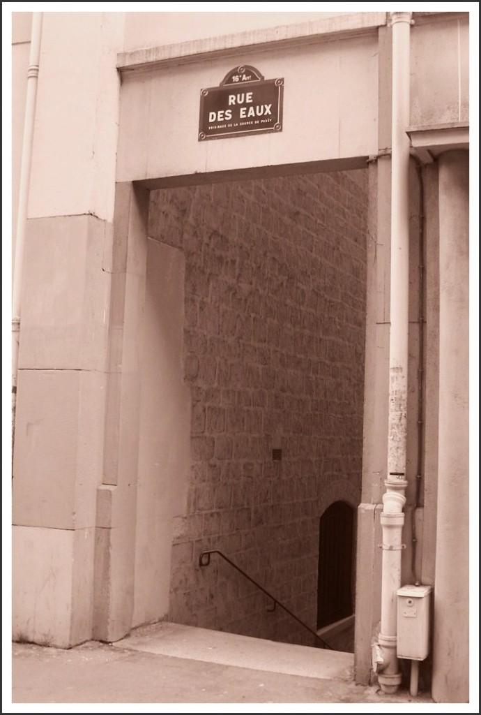 La rue des Eaux, à Passy... snb19984