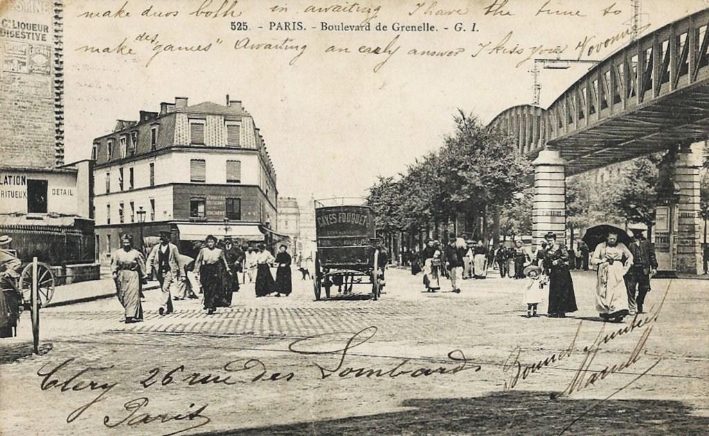 Dans le 15ème... 1373089442-paris-metro-grenelle-boulevard-de-23-dc-527