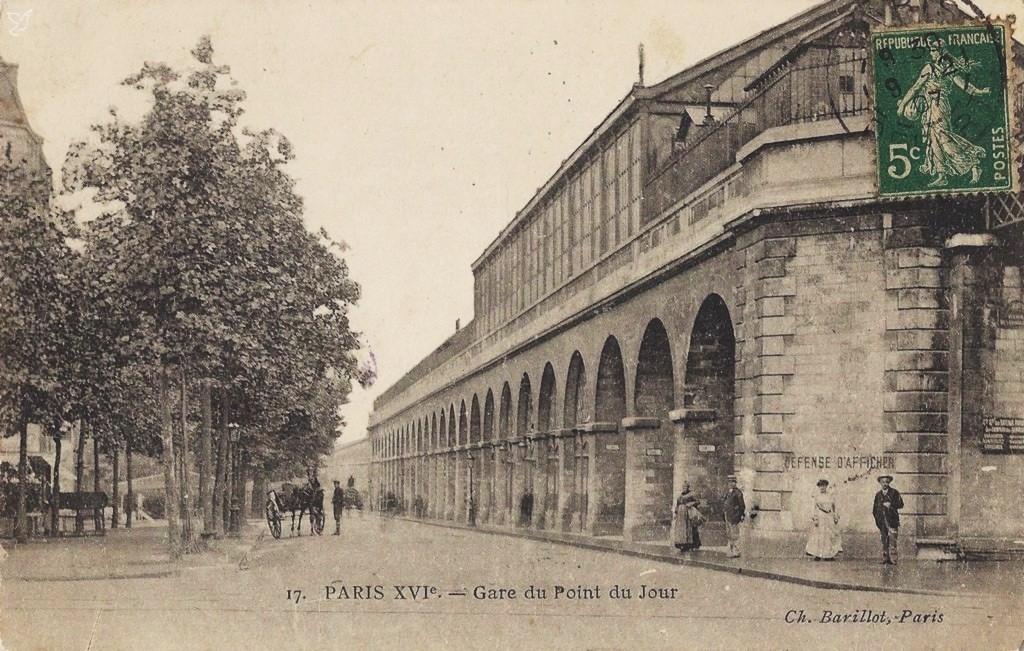 Au carrefour du Boulevard Exelmans et de l'Avenue de Versailles (16ème)... 1322312912-paris-17-barillot