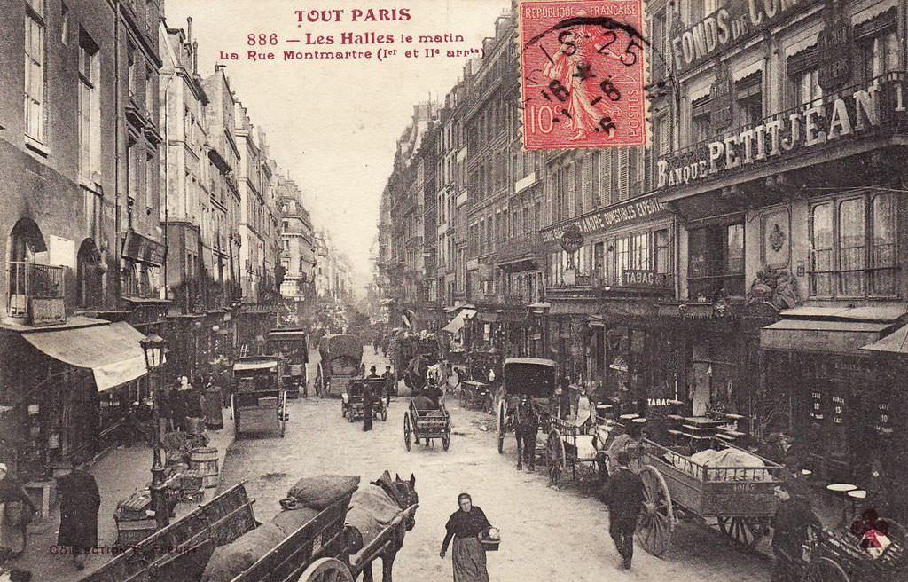 Dans la rue Montmartre... la-rue-montmartre-en-direction-de-la-rue-e.-marcel-