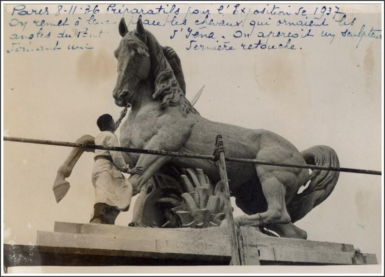 Les chevaux du pont d'Iéna... rol024