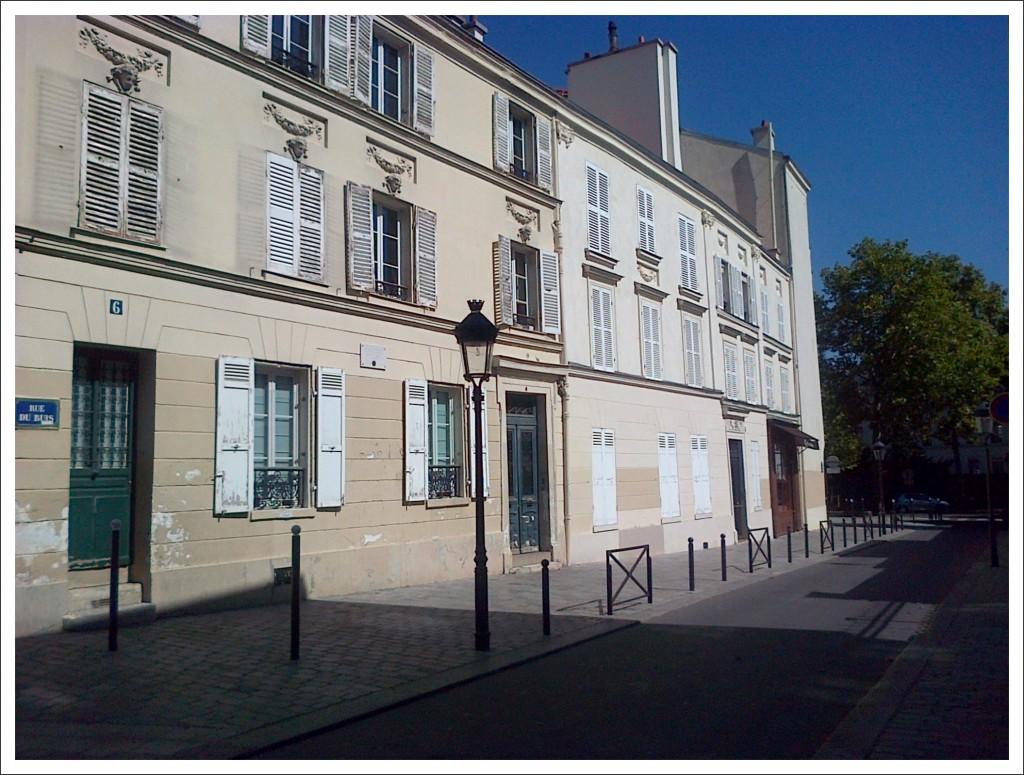 Auteuil au mois d'août...(2) rue-du-buis