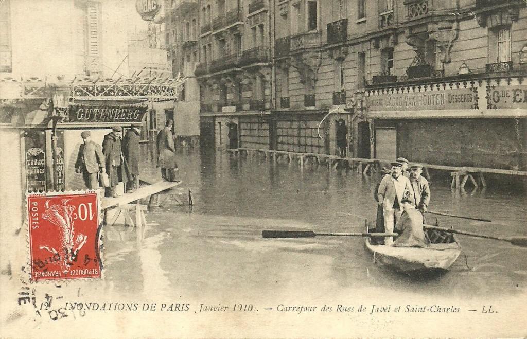 La rue Saint-Charles inondée (janvier 1910)-1. beaug2