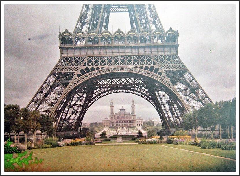 Le 1er étage de la Tour Eiffel... tf